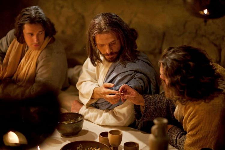 jesus-upper-room-bread-communion